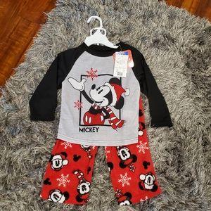 NWT Disney's Mickey Mouse Christmas Pajamas 2T